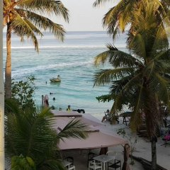 Velaa Beach Hotel Мале пляж