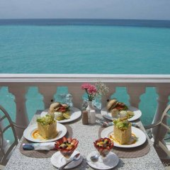 Pompano Beach Club in Southampton, Bermuda from 577$, photos, reviews - zenhotels.com balcony