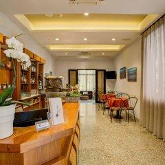 Отель Villa dei Gerani Италия, Римини - отзывы, цены и фото номеров - забронировать отель Villa dei Gerani онлайн интерьер отеля фото 3