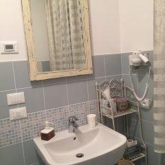 Отель Dimora Naviglio B&B Италия, Доло - отзывы, цены и фото номеров - забронировать отель Dimora Naviglio B&B онлайн ванная