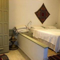 Mavi Kapi Butik Pansiyon Турция, Дикили - отзывы, цены и фото номеров - забронировать отель Mavi Kapi Butik Pansiyon онлайн удобства в номере