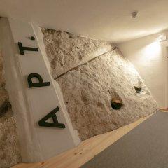 Отель APT - Stone Lodge Salzburg Зальцбург сейф в номере