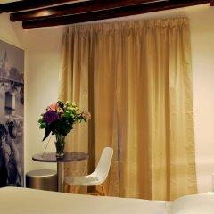 Отель Hôtel De La Herse dOr Франция, Париж - 1 отзыв об отеле, цены и фото номеров - забронировать отель Hôtel De La Herse dOr онлайн удобства в номере