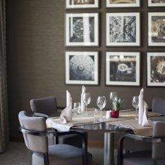 Отель Hilton Sofia Болгария, София - отзывы, цены и фото номеров - забронировать отель Hilton Sofia онлайн в номере