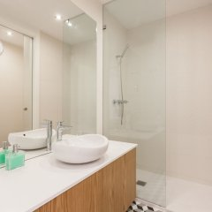 Апартаменты Sao Bento Blue One-Bedroom Apartment - by LU Holidays ванная