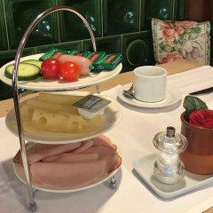 Отель Bergland Hotel Австрия, Зальцбург - отзывы, цены и фото номеров - забронировать отель Bergland Hotel онлайн питание фото 2