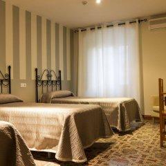 Отель Hostal San Miguel Испания, Трухильо - отзывы, цены и фото номеров - забронировать отель Hostal San Miguel онлайн комната для гостей фото 4