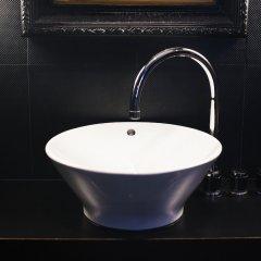 Отель Les Nuits Антверпен ванная фото 2