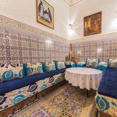 Отель Riad Dar Guennoun Марокко, Фес - отзывы, цены и фото номеров - забронировать отель Riad Dar Guennoun онлайн питание фото 3