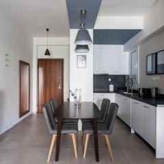 Отель UPSTREET Charming & Comfy 2BD Apt-Acropolis Афины в номере фото 2