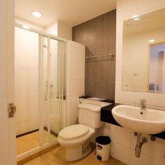 Отель Phuket Villa Patong Condo ванная фото 2