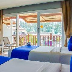 Отель Arinara Bangtao Beach Resort балкон фото 2