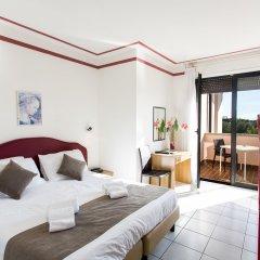 Отель Splendid Sole Манерба-дель-Гарда комната для гостей фото 5