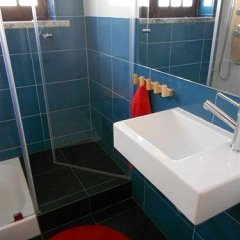 Surfing Inn Peniche - Hostel ванная фото 2