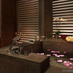 Отель Langham Xintiandi Шанхай спа