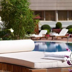 Отель Pullman Madrid Airport & Feria Мадрид бассейн
