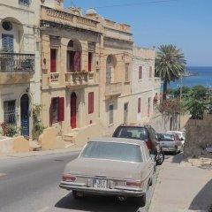 Отель Inhawi Hostel Мальта, Слима - 1 отзыв об отеле, цены и фото номеров - забронировать отель Inhawi Hostel онлайн парковка