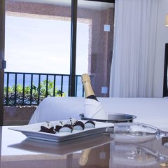 Отель Barcelo Huatulco Beach - Все включено в номере