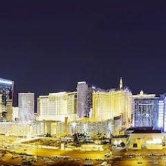 Отель Platinum Hotel and Spa США, Лас-Вегас - 8 отзывов об отеле, цены и фото номеров - забронировать отель Platinum Hotel and Spa онлайн городской автобус