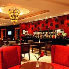 Movenpick Ambassador Hotel Accra гостиничный бар