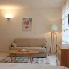 Отель Happy Few - Le 7 Augustin комната для гостей
