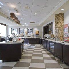 Отель Hampton Inn & Suites Columbus - Downtown США, Колумбус - отзывы, цены и фото номеров - забронировать отель Hampton Inn & Suites Columbus - Downtown онлайн питание фото 2