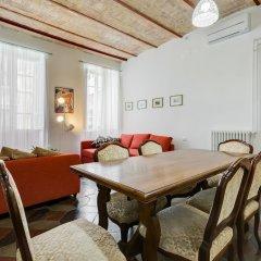 Апартаменты Monti Colosseum Apartment-Urbana комната для гостей фото 4