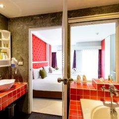 Raha Grand Hotel ванная