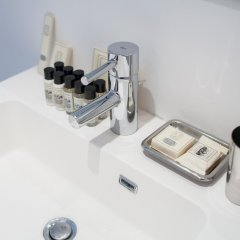 Отель Sweet Inn Apartments Belliard Бельгия, Брюссель - отзывы, цены и фото номеров - забронировать отель Sweet Inn Apartments Belliard онлайн ванная