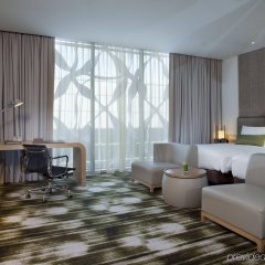 Отель Crowne Plaza Changi Airport Сингапур комната для гостей