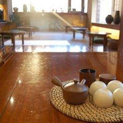 Отель Khaosan Tokyo Samurai Япония, Токио - отзывы, цены и фото номеров - забронировать отель Khaosan Tokyo Samurai онлайн бассейн