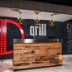 Отель the D Casino Hotel Las Vegas США, Лас-Вегас - 8 отзывов об отеле, цены и фото номеров - забронировать отель the D Casino Hotel Las Vegas онлайн гостиничный бар