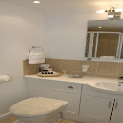 Thorpe Cottage Country Guest House in Ashbourne, United Kingdom from 102$, photos, reviews - zenhotels.com bathroom