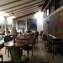 Отель Homey Inn Enya Хидзи гостиничный бар