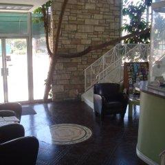 Отель Bevonshire Lodge Motel США, Лос-Анджелес - 1 отзыв об отеле, цены и фото номеров - забронировать отель Bevonshire Lodge Motel онлайн интерьер отеля фото 3