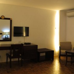Century Plaza Hotel удобства в номере