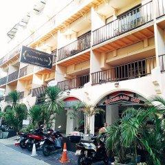 Отель Boomerang Inn парковка