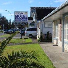 Отель Kowhai & Colonial Motel