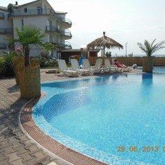 Отель Laguna Beach Hotel Болгария, Равда - отзывы, цены и фото номеров - забронировать отель Laguna Beach Hotel онлайн бассейн фото 2