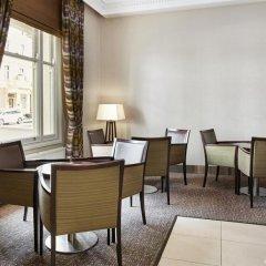 Отель Holiday Inn Express London Victoria интерьер отеля фото 3