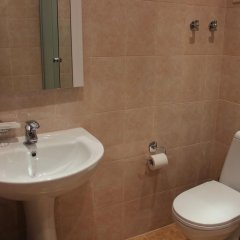 Адам Отель ванная
