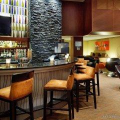 Отель Radisson Hotel Vancouver Airport Канада, Ричмонд - отзывы, цены и фото номеров - забронировать отель Radisson Hotel Vancouver Airport онлайн гостиничный бар