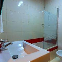 Отель Casa Do Jardim Португалия, Понта-Делгада - отзывы, цены и фото номеров - забронировать отель Casa Do Jardim онлайн ванная