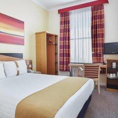 Отель Holiday Inn Express London Victoria комната для гостей фото 9