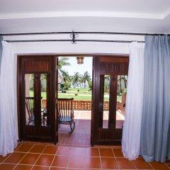 Отель Palm Garden Beach Resort And Spa Хойан сейф в номере