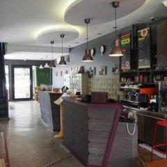 Отель RetrOasis Таиланд, Бангкок - отзывы, цены и фото номеров - забронировать отель RetrOasis онлайн гостиничный бар