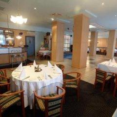 Гостиница Нефтяник в Тюмени 1 отзыв об отеле, цены и фото номеров - забронировать гостиницу Нефтяник онлайн Тюмень питание фото 2