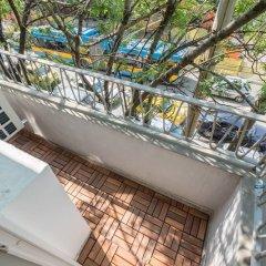 Апартаменты FM Deluxe 1-BDR Apartment - Style Meets Charm София балкон