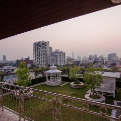 Hope Land Hotel Sukhumvit 8 балкон