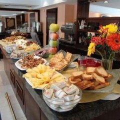 Embajador Hotel питание фото 3